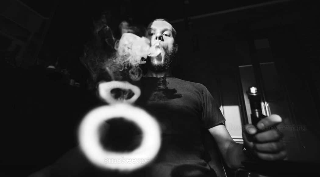 Учимся пускать кольца из дыма с помощью вэйпа