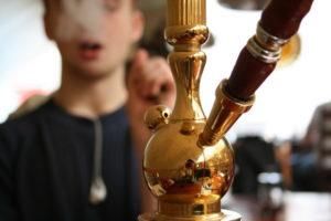 Можно ли курить кальян детям