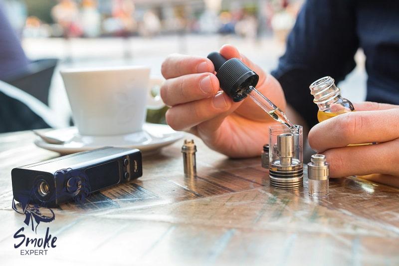 Заправка электронно сигареты жидкостью